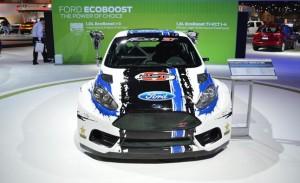 rallycross des ford en course ovale bleu. Black Bedroom Furniture Sets. Home Design Ideas