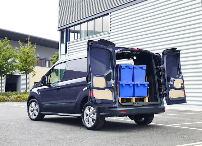 le ford transit connect lu utilitaire international de l ann e 2014 ovale bleu. Black Bedroom Furniture Sets. Home Design Ideas