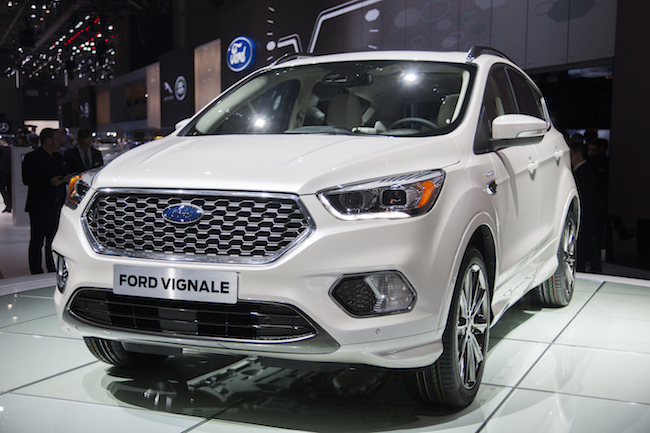 ford pr sente le nouveau kuga un suv au design sportif et connect avec le syst me multim dia. Black Bedroom Furniture Sets. Home Design Ideas