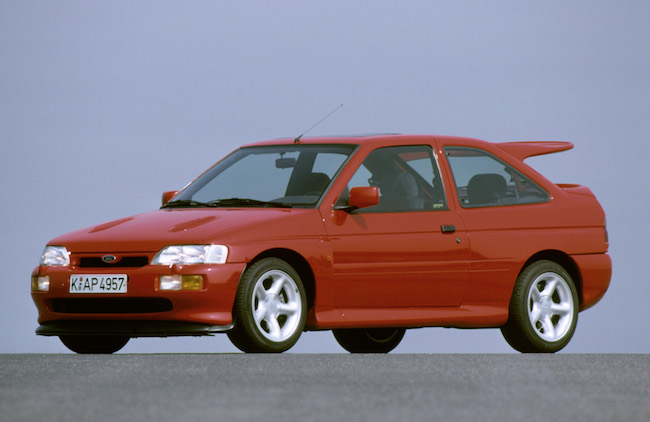 La Ford Escort RS Cosworth 1992 : 2,0 litres, 4 cylindres turbo